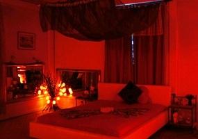 Discover our erotic massage salon for Erotic salon